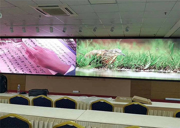 P2.5 SMD2121 400W/m2 Indoor Advertising Led Display For Mall